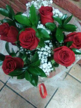 ramo-6-rosas-rojas-24€